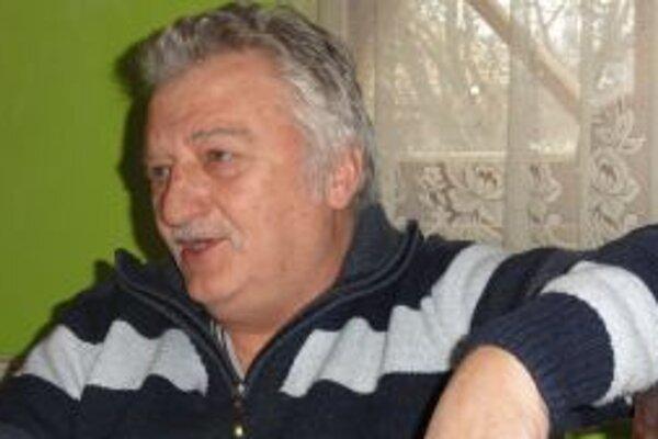Jozef Ličko st. doteraz nevie, prečo jeho syna zadržali.