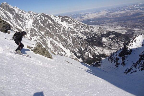 Skialpinizmus. (ilustračná fotografia)