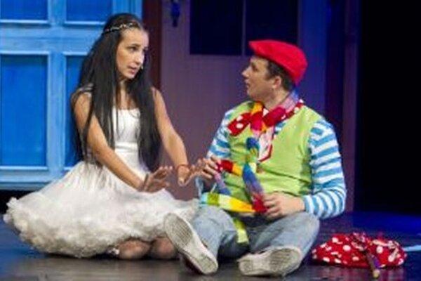 Daniel Výrostek (Polepteko) a Dominika Výrostek-Misárová (Pletana) tvoria pár aj  v skutočnom živote, sú manželia.