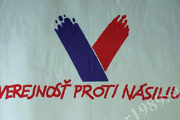 Známe logo Verejnosti proti násiliu.