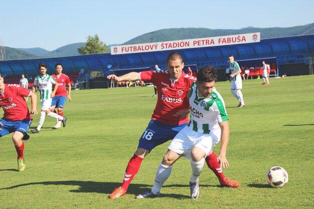 Borčice (v červenom) vyhrali 4. ligu