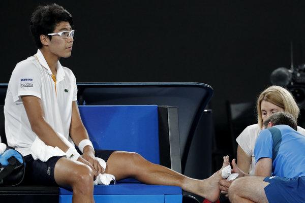 Čchung Hje-on mal problémy s pľuzgiermi už počas semifinálového zápasu s Rogerom Federerom na Australian Open.