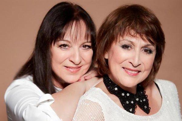 Martha a Tena. Sesterské duo je na scéne už celé desaťročia, no .