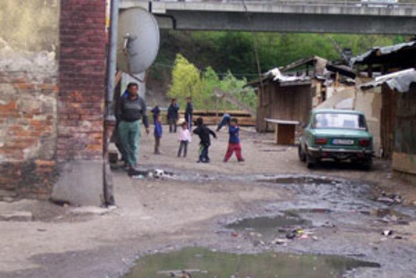 Obyvatelia Balkánu viac takýchto domov na sídlisku nechcú.