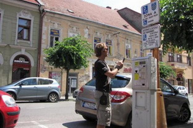 Trnava si spoplatnené parkovanie rieši sama. V roku 2016 vybrala na parkovnom 2,5-krát toľko ako Košice.