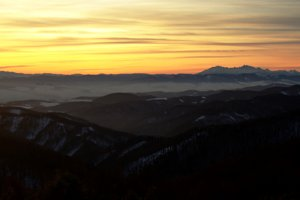 Západný výhľad z Chochuľky po západe Slnka.