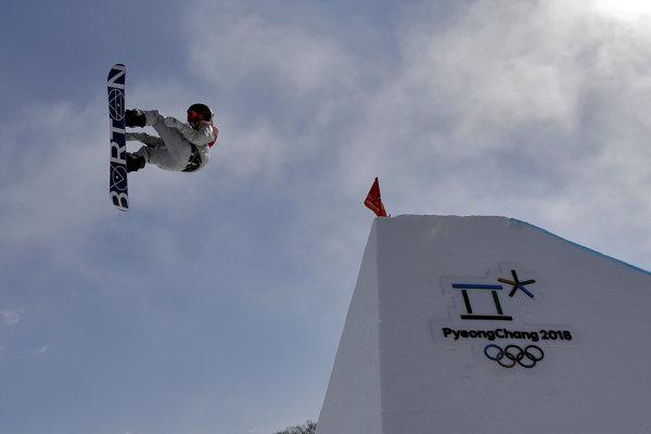 Americký snoubordista Redmond Gerard získal zlatú medailu v disciplíne slopestyle.