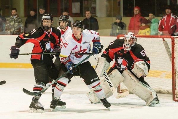 Hokejisti Dolného Kubína nezvládli domáce zápasy.