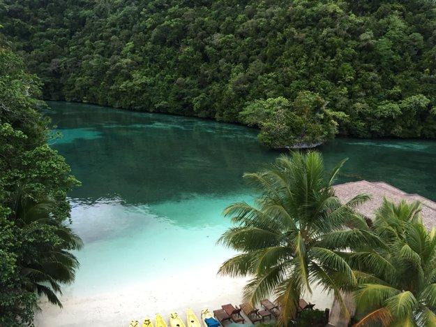 Ostrov Palau a jeho pláže s bielym pieskom.