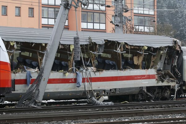 Nehoda vlakov v rakúskom Niklasdorfe.