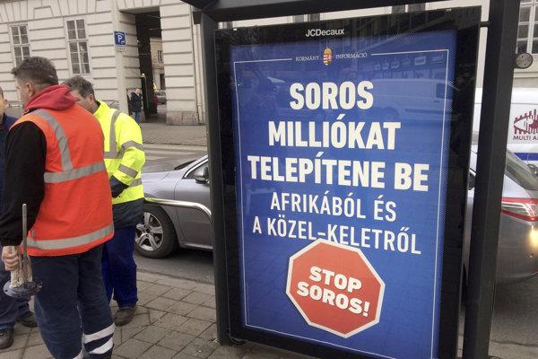 Reklamný plagát z Budapešti namierený proti Sorosovi.