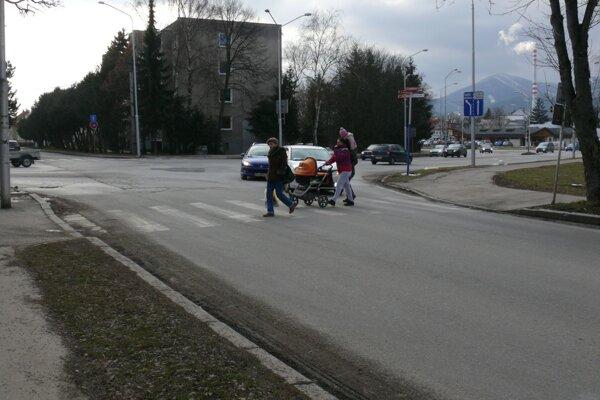 Chodcom málokedy auto zastane, je to skôr výnimka.