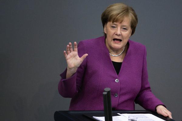 Nemecká kancelárka Angela Merkelová počas prejavu v Bundestagu.