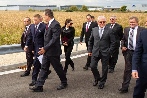 Do styku s podozrivými ľuďmi sa dostala aj asistentka premiéra Roberta Fica Mária Trošková.
