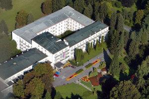 Pohľad na hlavný kúpeľný komplex Palace.