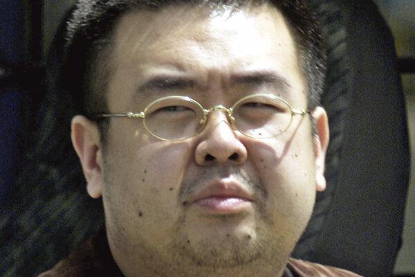 Nevlastný brat severokórejského vodcu Kim Čong-nam.