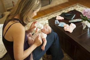 Prekonanie pôrodu môže žene ovplyvňovať chromozómy, naznačuje nová štúdia. Jej výsledky treba brať s opatrnosťou.