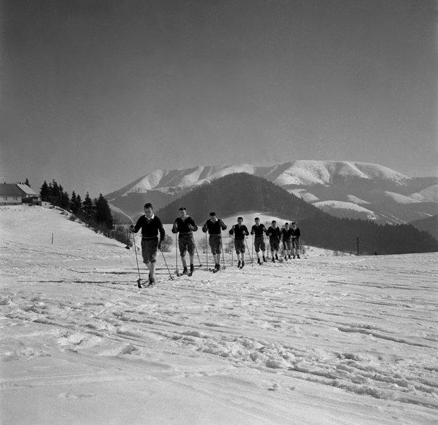 Na bežkách. Marec 1960, Donovaly.