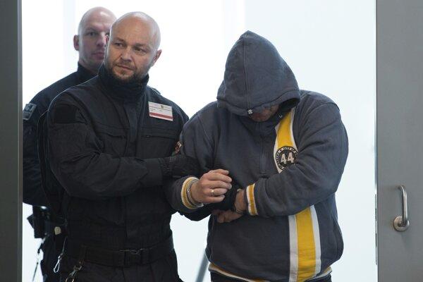 Jeden z odsúdených extrémistov.