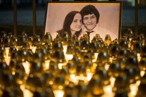 Pietna spomienka na mladý pár. Verejnosť si príde pripomenúť ich pamiatku, ale aj vyjadriť znepokojenie nad odhalenými informáciami.
