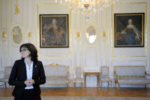 13. apríl 2016. Ministerka spravodlivosti Lucia Žitňanská počas prijatia v Prezidentskom paláci.