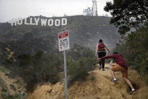 Kopce pod Hollywoodom sú aj cieľom dobrodruhov a vandalom.