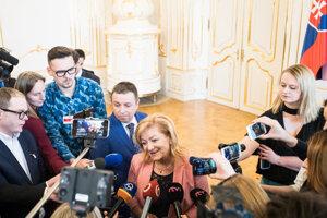 Novinárov vysvetľovala svoje sporné vyjadrenia.