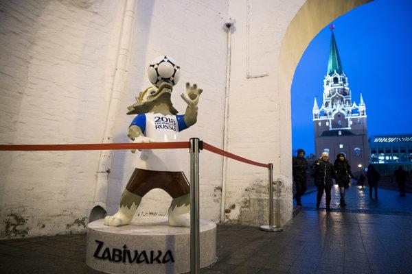 Maskot futbalových MS 2018 v Rusku, vlk Zabivaka.