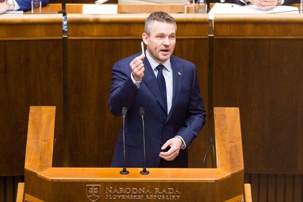 Peter Pellegrini v priebehu svojho prejavu v parlamente.