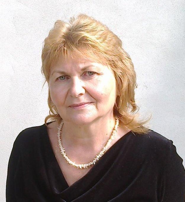 Autorka slovníka Magdaléna Poloňová z Prestavĺk.