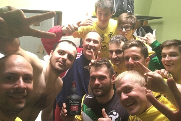 Žilinskí volejbalisti, víťazi 1. ligy mužov.
