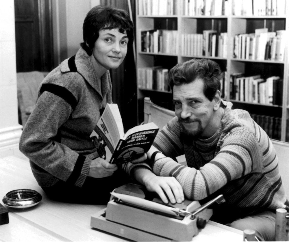 Severská krimi to bola aj pre slovenských čitateľov kedysi len dvojica Maj Sjöwallová (1935) a Per Wahlöö (1926 - 1975). Ich komisár Martin Beck je obľúbený dodnes.
