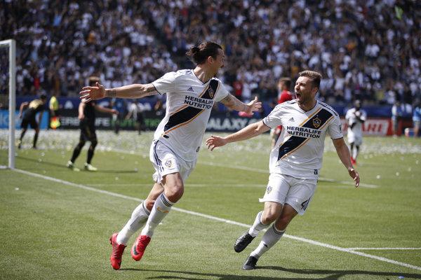 Zlatan Ibrahimovič (vľavo) v drese LA Galaxy.