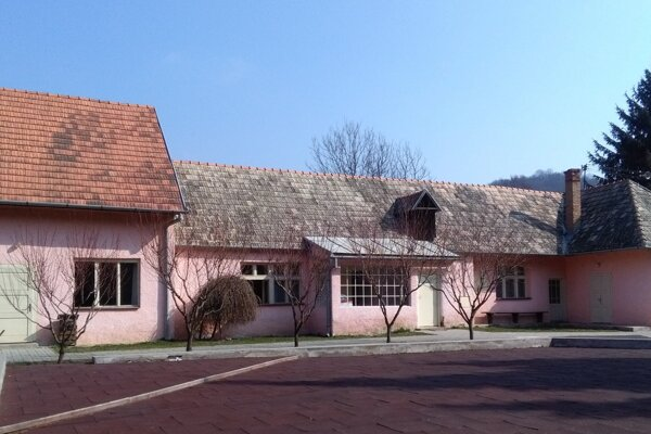 Kultúrny dom v Medovarciach.