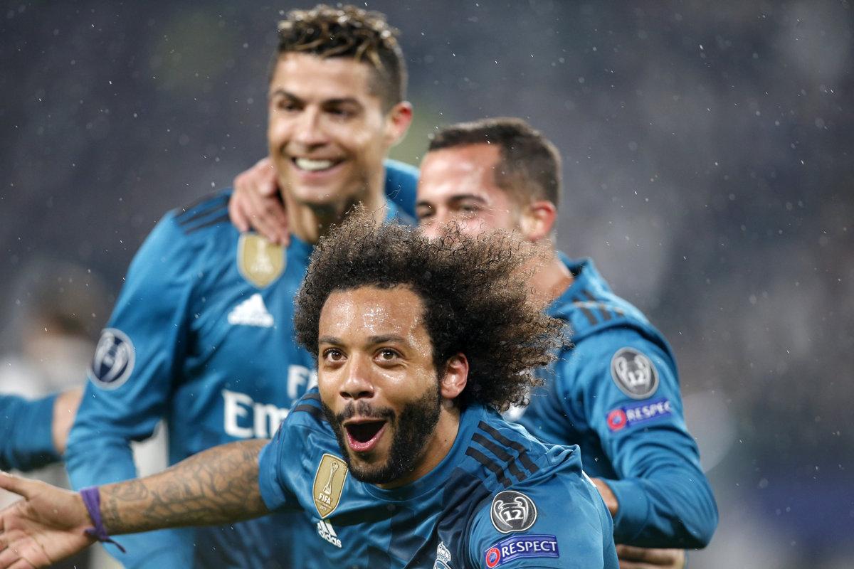 308d9985efc02 Futbalisti Realu Madrid sa radujú po jednom z gólov. V popredí Marcelo, za  ním
