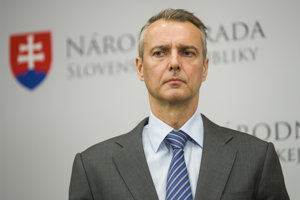 Minister Richard Raši.