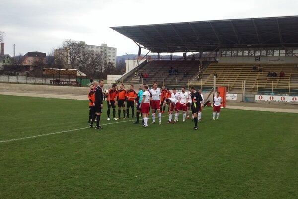 Pred zápasom Žarnovice s Kalinovom.