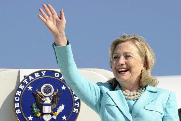 Clintonová je najväčšou favoritkou na nominantkuv prezidentských voľbách, okrem súčasného prezidenta,v novodobých dejinách.