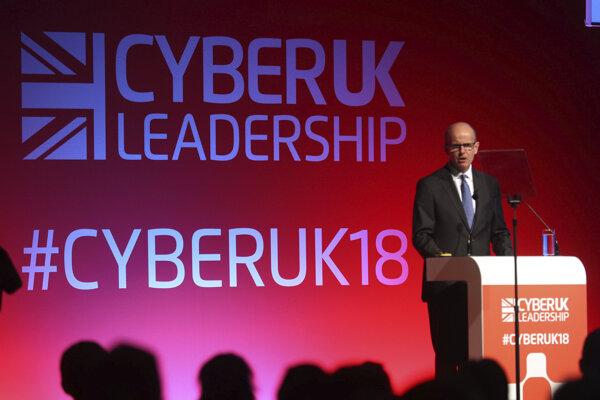 šéf britskej spravodajskej služby GCHQ Jeremy Fleming na konfrencii Cyber UK.