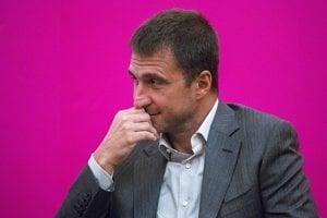 Peter Korbačka stojí za firmou, ktorá drží licenciu Rádio Anténa Rock.