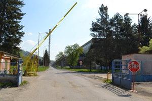 Pracovný úraz sa stal v jednej z firiem v areáli bývalého Vihorlatu.
