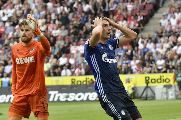 Momentka zo zápasu medzi Kolínom a Schalke.