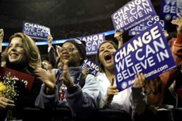 Heslom Obamu je zmena. Či ju aj niekto z prezidentských kandidátov prinesie, je otázne.