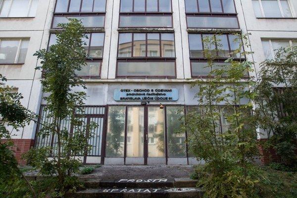 Budova bývalého OTEX-u, ktorú prevzalo ministerstvo vnútra.