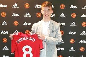 Záujem o jeho služby mala celá anglická špička, Martin Šviderský sa rozhodol pre Manchester United.