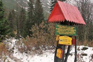 Chodník k Roháčskym plesám je cez zimnú sezónu zatvorený.