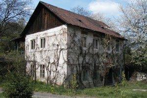 V Šáškyho dome, ktorý stál oproti obchodnému centru Európa plánovali zriadiť Múzeum hrdelného práva. Už to nestihli, dom zbúrali medzi poslednými.