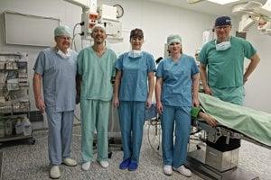 Tím operatérov