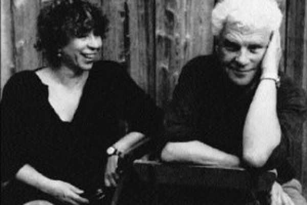 Ursula Ehlerová, ktorá spolupracovala aj na knihe Krásne miesto, a Tankred Dorst.