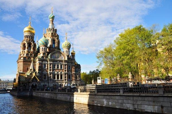 Chrám preliatej krvi je jedným zo symbolov Petrohradu